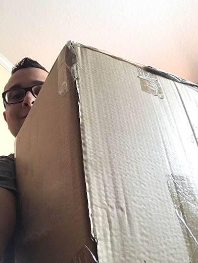 Um pacote grande (disseram que ia dar problema na alfândega...)