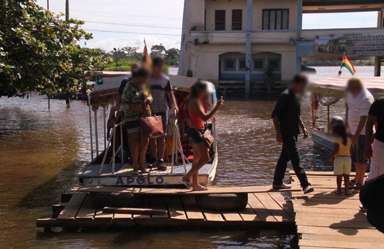 """""""Importação"""" da Bolívia através do rio mamoré"""