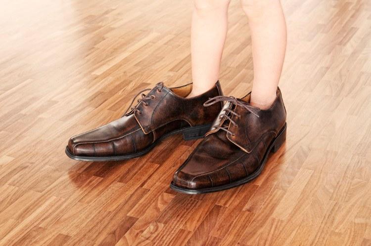 5afa69e8fe9 Tabela de Tamanho de Sapato EUA x Brasil — Tênis Infantil e Adulto