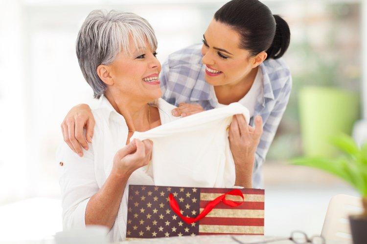 Ideias e sites comprar presente dia das mães promoção