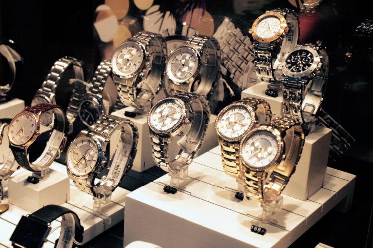 as melhores lojas para comprar relógio invicta nos EUA barato